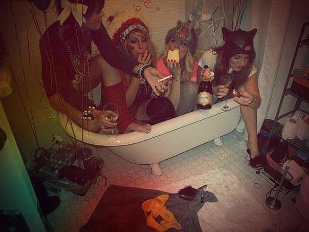 saturday-night-bath-wild-party